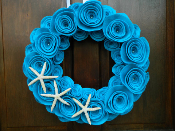 Photo courtesy of WreathinkGifting